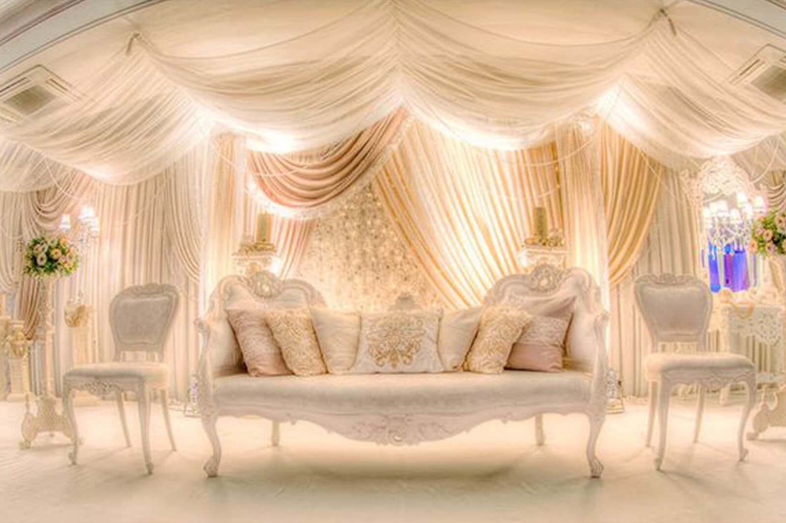 8 stunning stage decor ideas that will transform your for Backdrop decoration