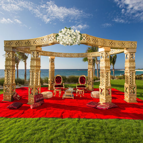 Bahamas Wedding Packages: 7 Dreamy Locations Fit For A Destination Wedding