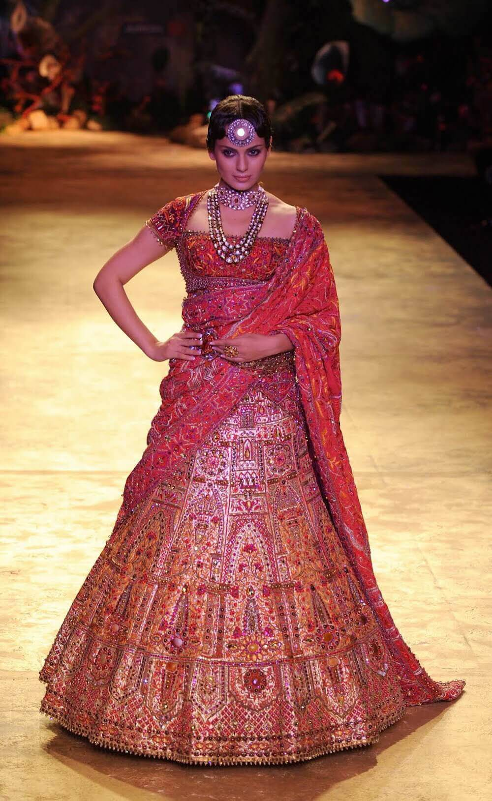 Smashing 2016 Trousseau Trends for the Millennial Indian Bride