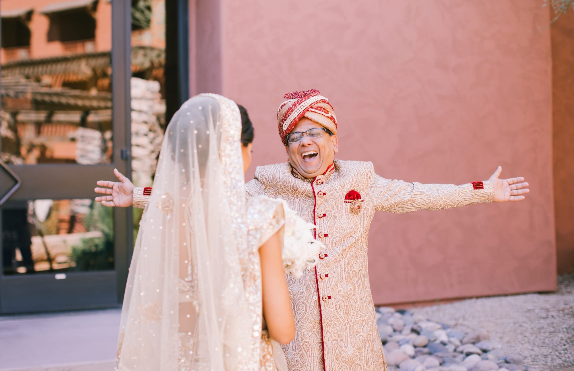 Bride And Groom S Grand Entrance: Bride And Groom Recreate Disney's Royal Aladdin With A