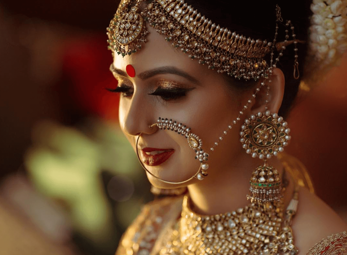 11 surprisingly elegant ways to style your maang tikka to